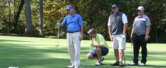 Garney tees up for annual golf tournament